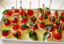 Entradinha Italiana com Mini-tomate Queijo e Manjericão