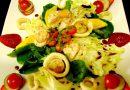 Salada Sinfonia de Folhas Flores e Frutos