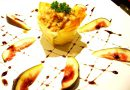 Salada France Delice de Peito de Frango Defumado com Abacaxi Passas e Nozes