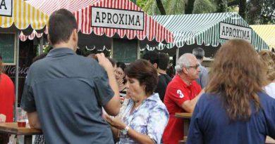 FEIRINHA APROXIMA faz homenagem à Dona Lucinha
